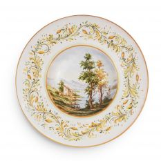 Wall plate with traditional landscape