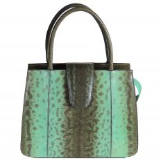 Woman's handbag karung