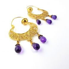 Half moon earrings in gold filigree