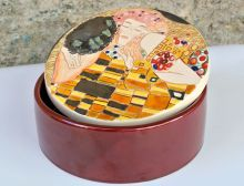 Ceramic box The Kiss